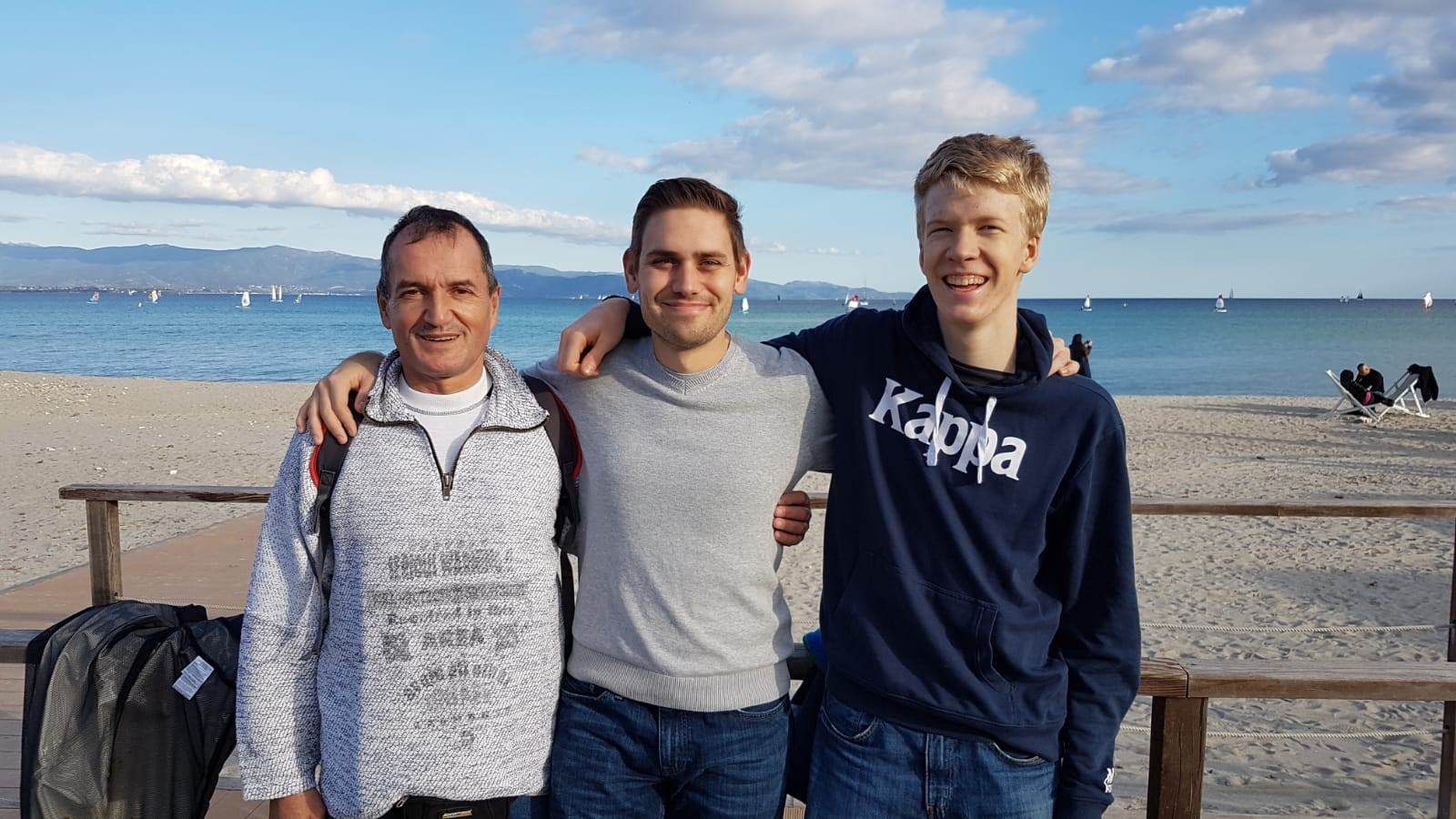 2019 Cagliari team beach